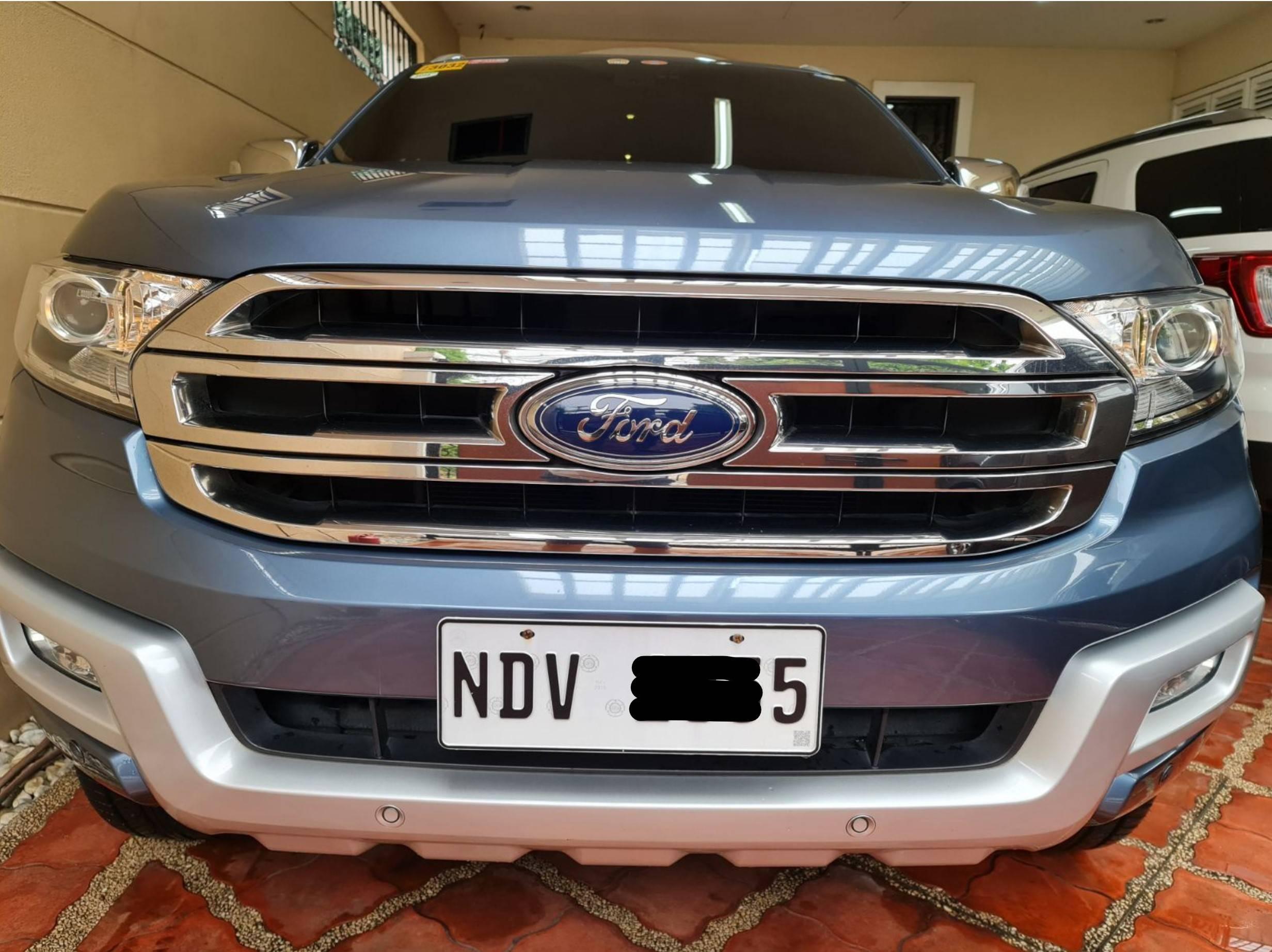 2016 Ford Everest