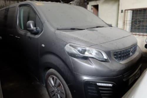 2018 Peugeot Traveller