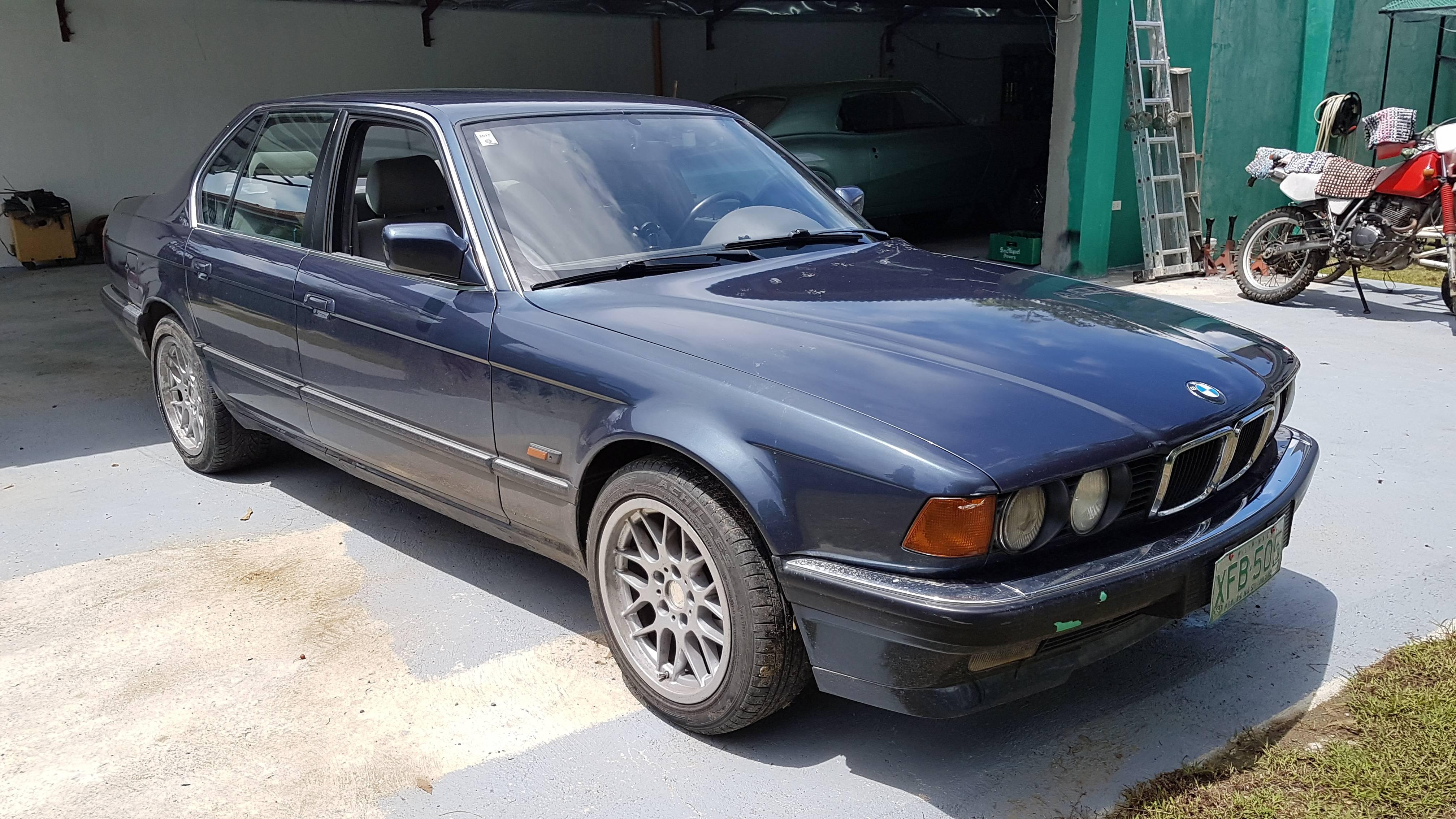 1992 BMW 7 Series Sedan