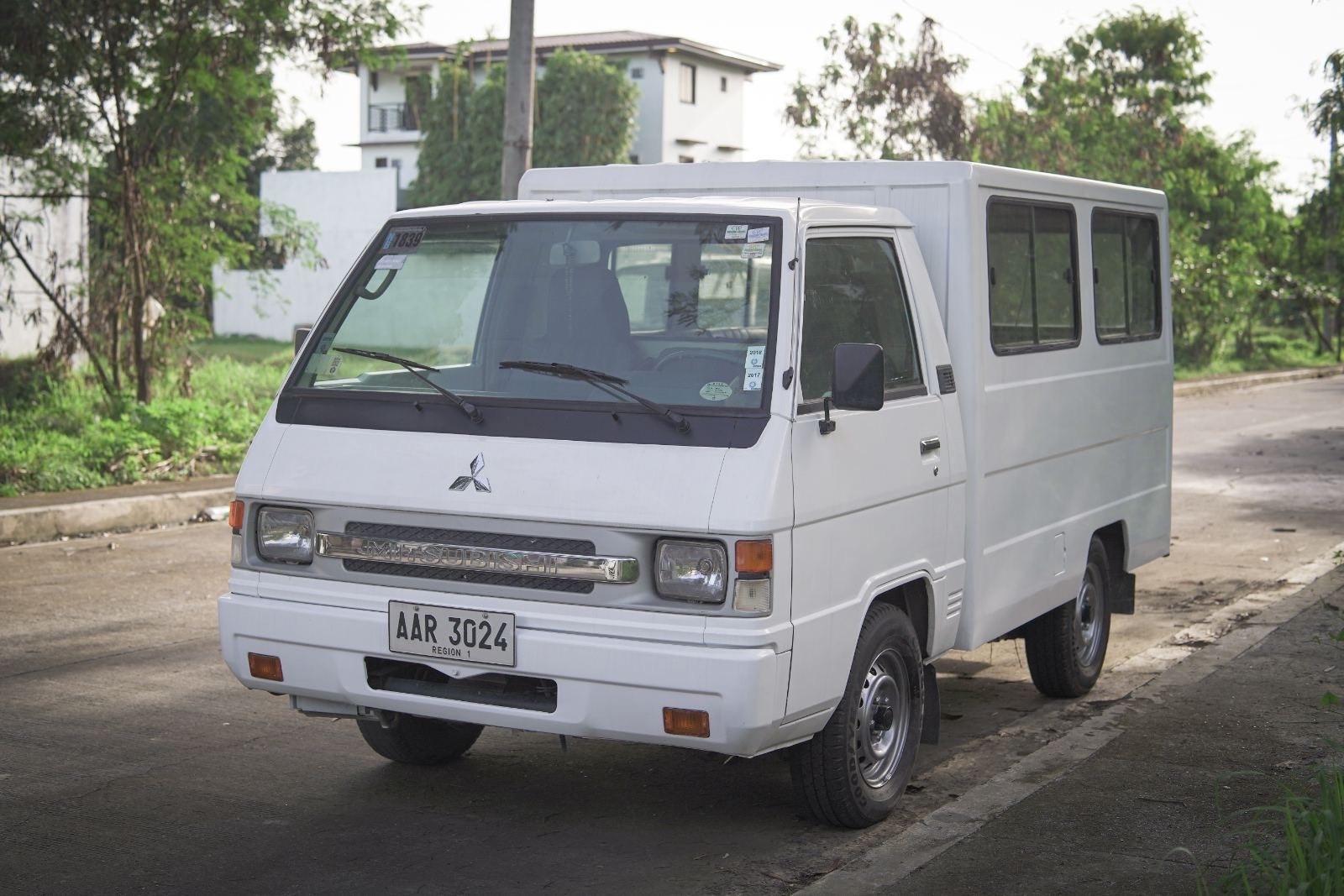 2014 Mitsubishi L300