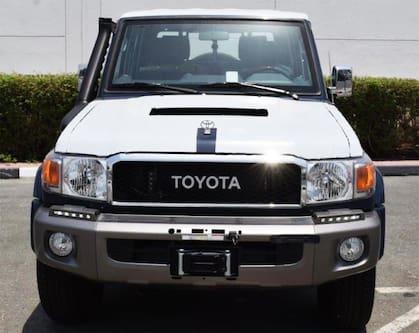2020 Toyota Land Cruiser Pickup