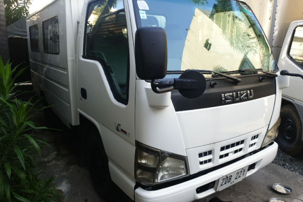 2006 Isuzu Traviz