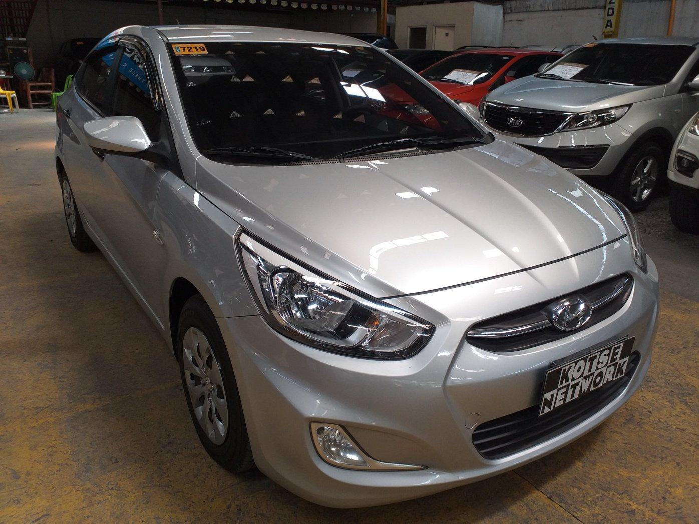 2016 Hyundai Accent Hatch