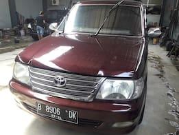 2004 Toyota Kijang