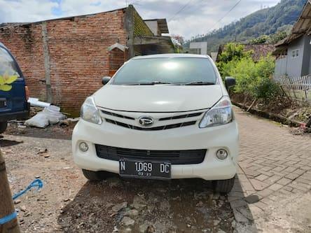 2013 Daihatsu Xenia