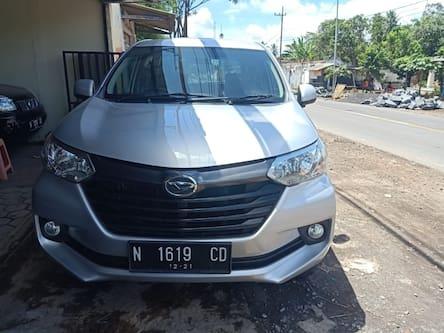 2016 Daihatsu Grand Xenia