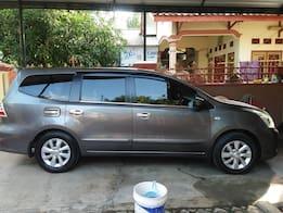 2015 Nissan Grand Livina