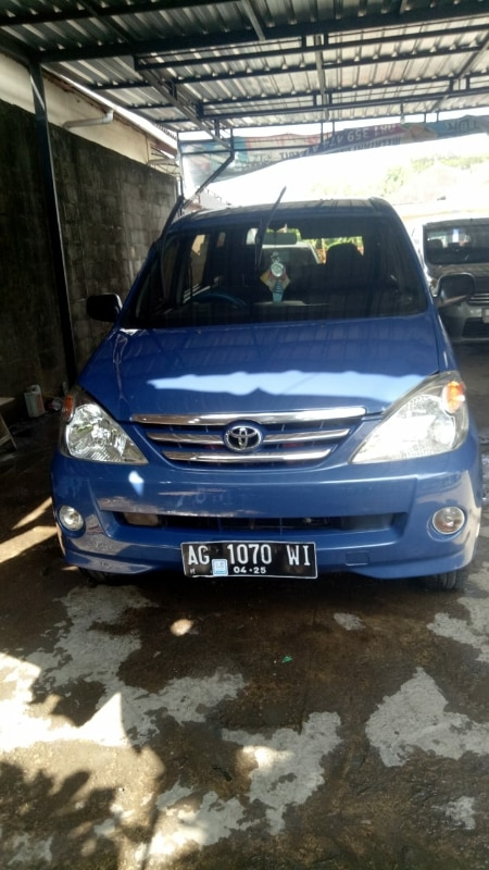 2004 Toyota Avanza