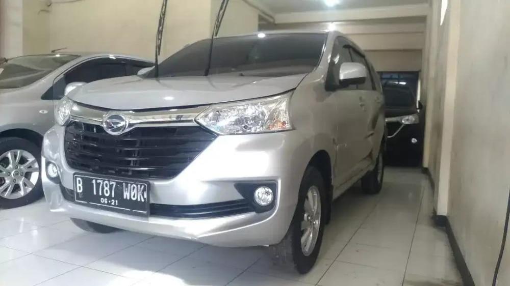 2016 Daihatsu Xenia